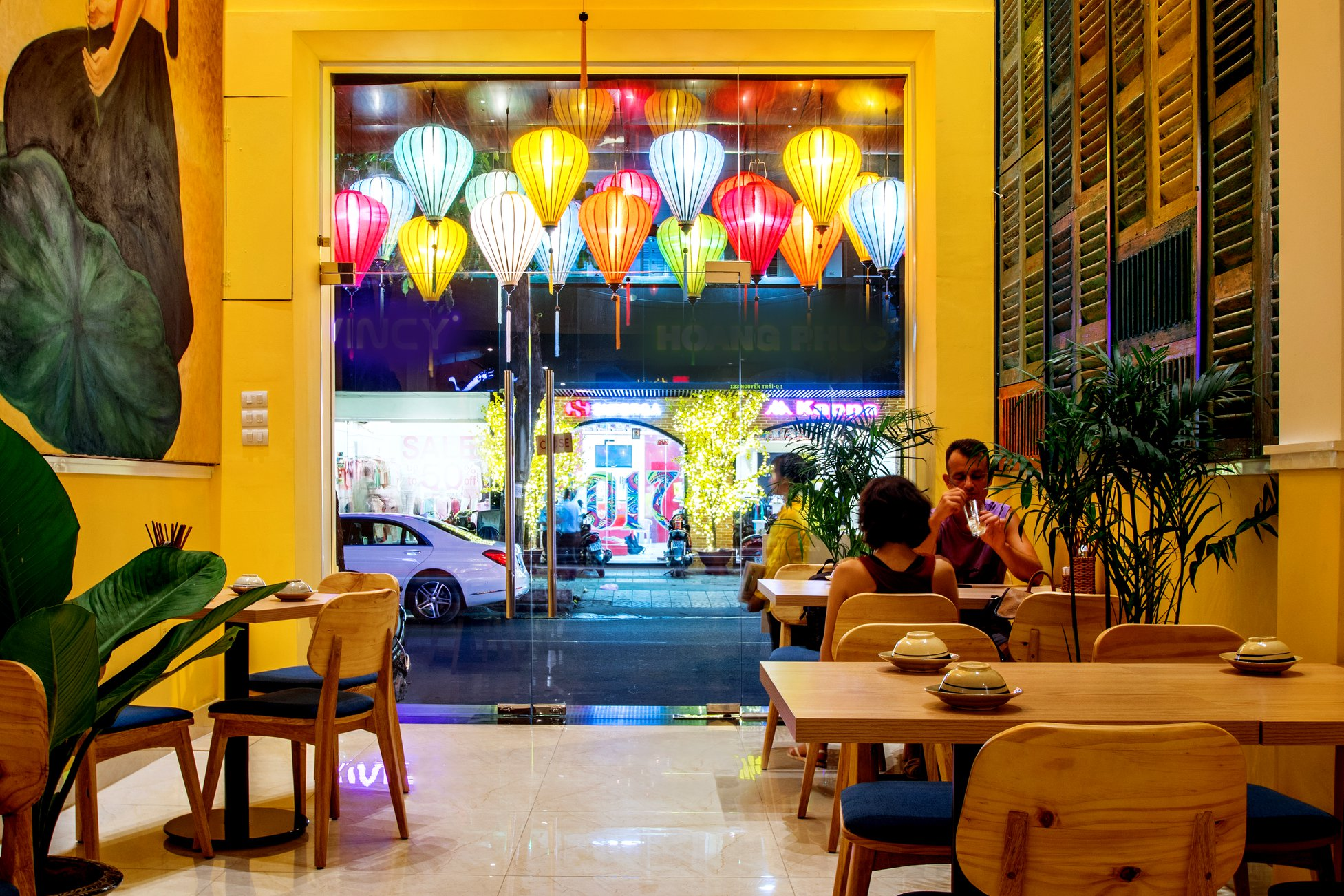 restaurant for a date ho chi minh city