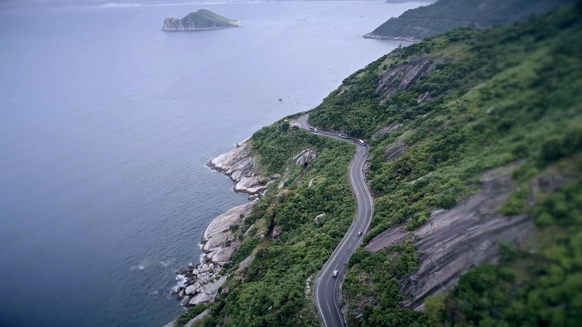 deo-ca-coastal-road-vietnam vietnam routes