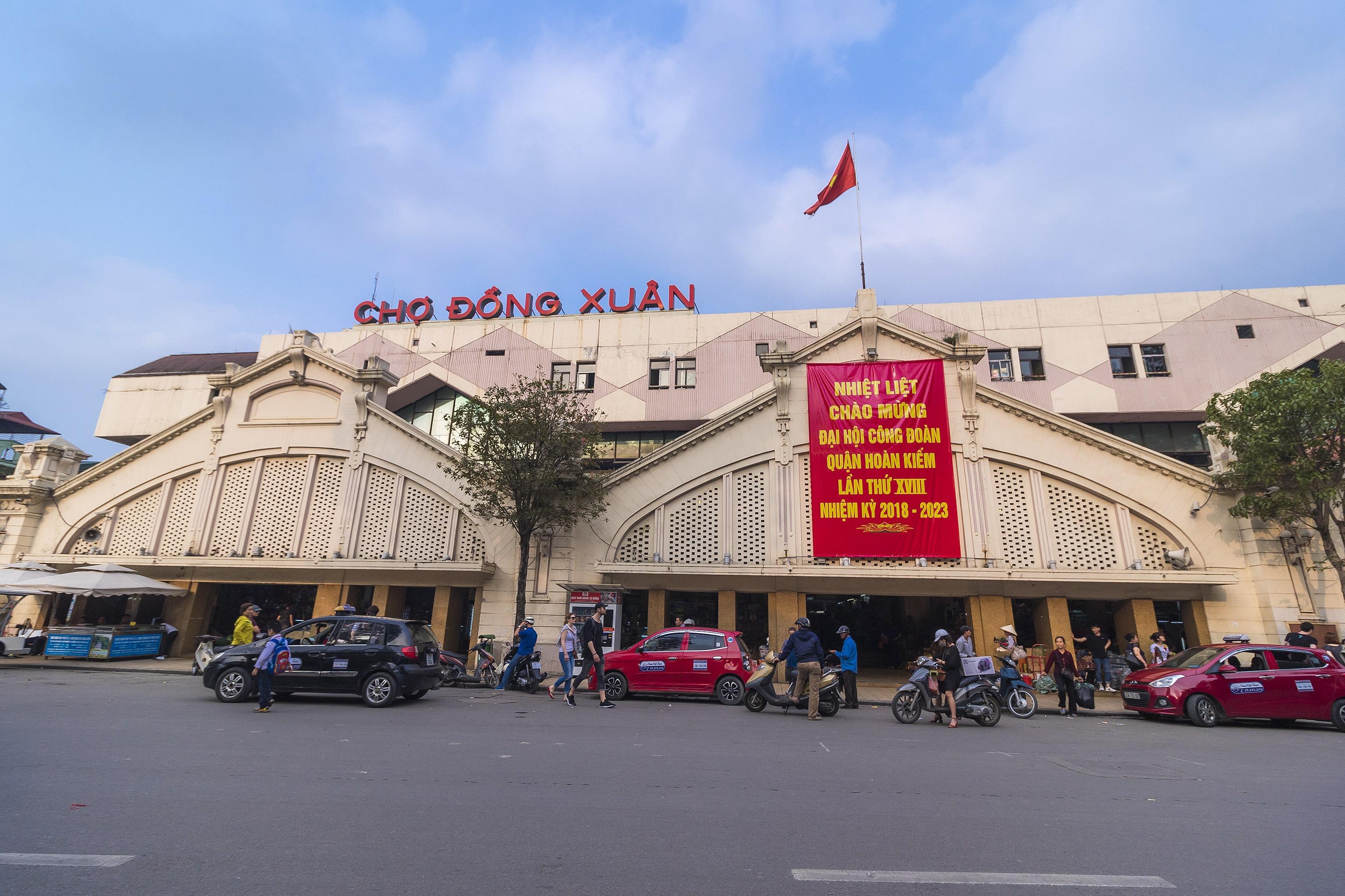 hanoi old quarter streets