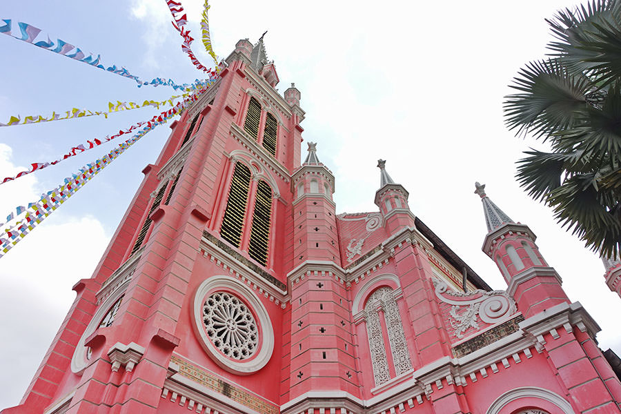 tan-dinh-church-christmas-saigon