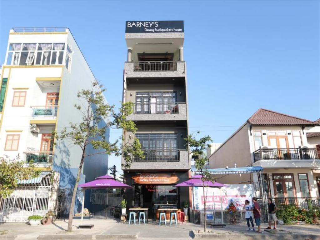 barneys da nang backpacker hostel