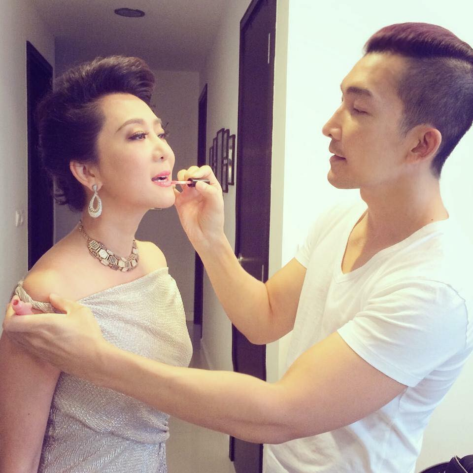 Vietnamese Makeup Artists and Beauty Bloggers
